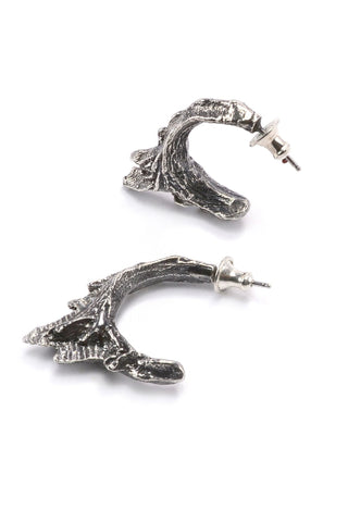 Shop emerging slow fashion jewellery brand Eilisain Ondine Earrings in Silver - Erebus - 1