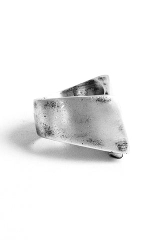 Shop Emerging Slow Fashion Avant-garde Jewellery Brand OSS Haus Awakening Collection Silver Pantera Ring at Erebus