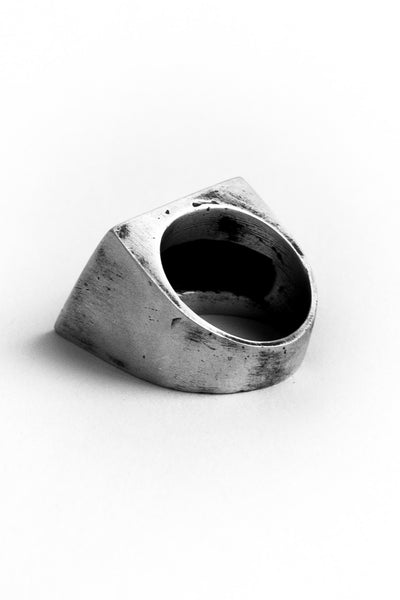 Shop Emerging Slow Fashion Avant-garde Jewellery Brand OSS Haus Awakening Collection Silver Principe Ring at Erebus