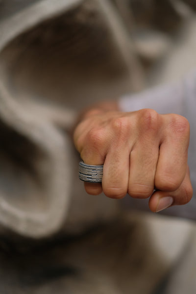 Shop Emerging Slow Fashion Avant-garde Jewellery Brand Møsaïs Silver ROS-1 Ring at Erebus