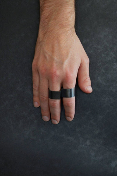 Shop emerging slow fashion brand Murky Jewelry STILL07 oxidised Sterling Silver double ring set - Erebus