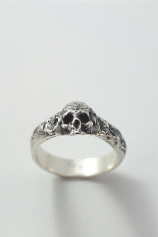 Shop Emerging Conscious Avant-garde Brand Black Rock Jewel Skull Band Ring at Erebus