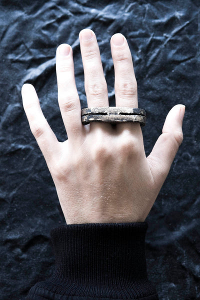 Shop Emerging Avant Garde Jewellery Brand Surface/Cast Blackened Bronze Split Double Ring at Erebus