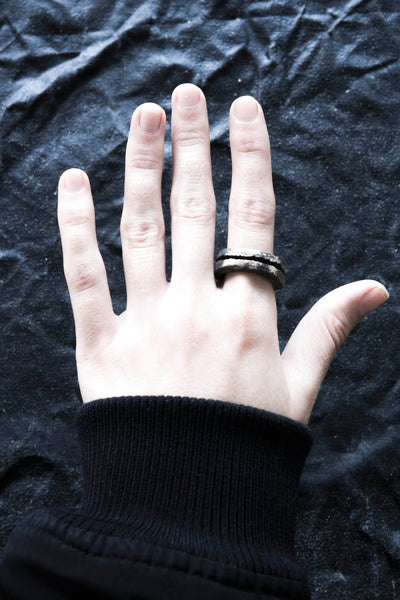 Shop Emerging Avant Garde Jewellery Brand Surface/Cast Blackened Bronze Split Small Ring at Erebus