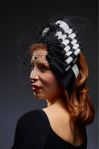 Shop emerging slow fashion milliner Valeria Agostini Ala fascinator hat - Erebus