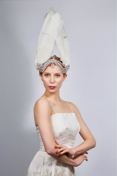 Shop emerging slow fashion milliner Valeria Agostini white peacock Lada headpiece - Erebus