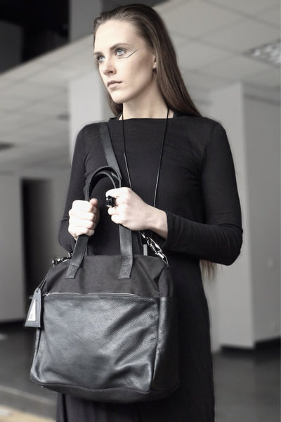 Shop emerging slow fashion handbag designer Anoir by Amal Kiran Jana black leather and cotton canvas Anoir Satchel - Erebus - 4