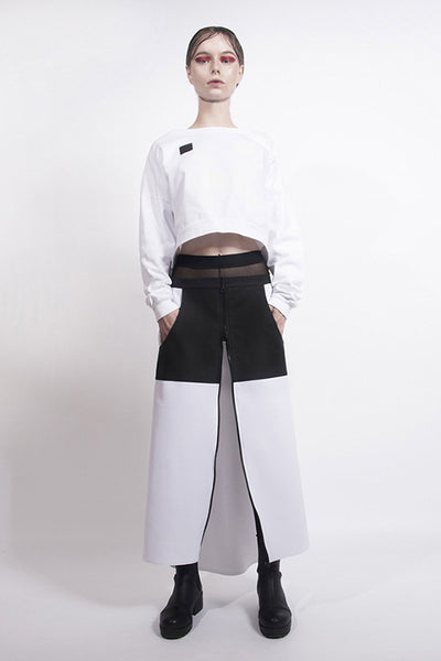Shop emerging designer Fuenf white and black Contrast Panel Urban Maxi Skirt - Erebus