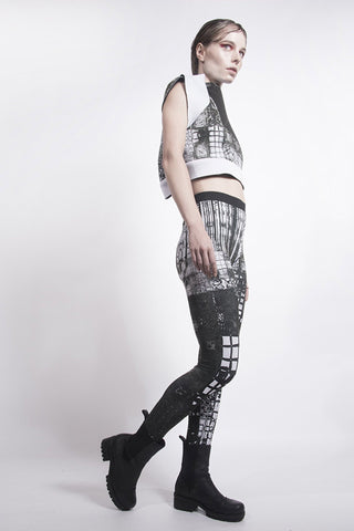 Shop emerging designer Fuenf black and white Fractal Print Lycra leggings - Erebus