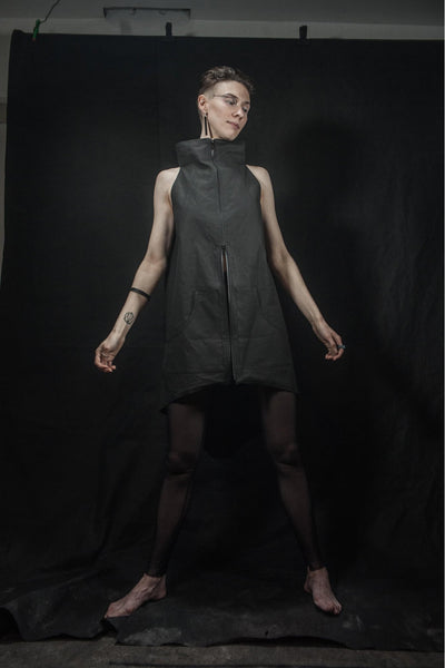 Shop emerging futuristic slow fashion brand Fuenf black unisex sleeveless Urban vest - Erebus