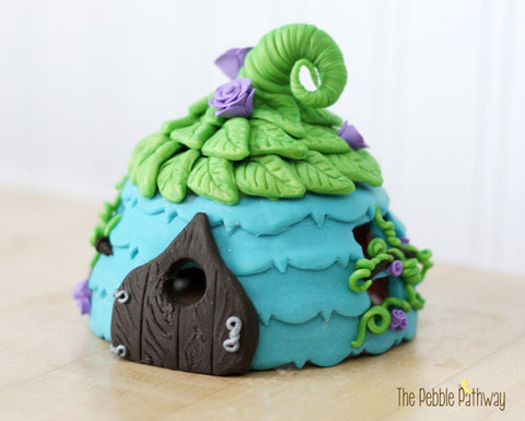 Blue Fairy House with Green Leaf Roof - Tinley