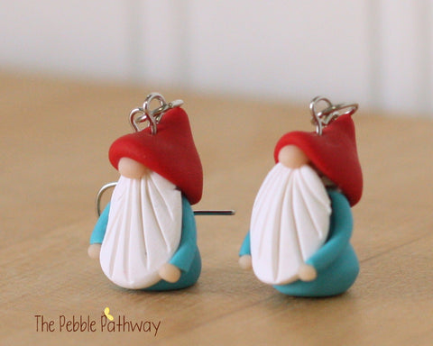 Tiny Gnome Earrings 0332