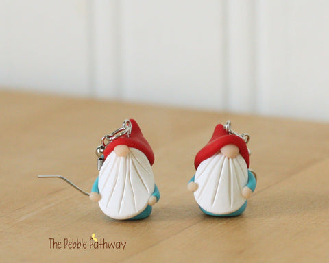 Tiny Gnome Earrings 0335