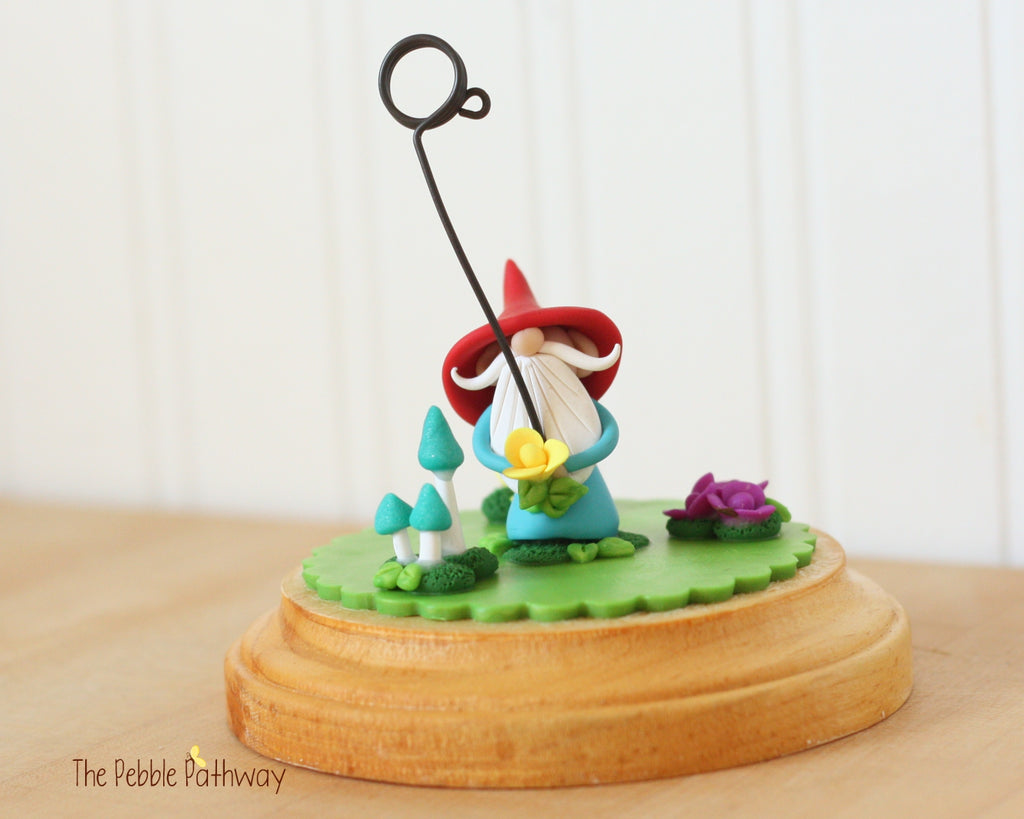 Gnome wedding Gnome Photo Holder, Place Card Holder, Table Number Holder 0390 - ThePebblePathway