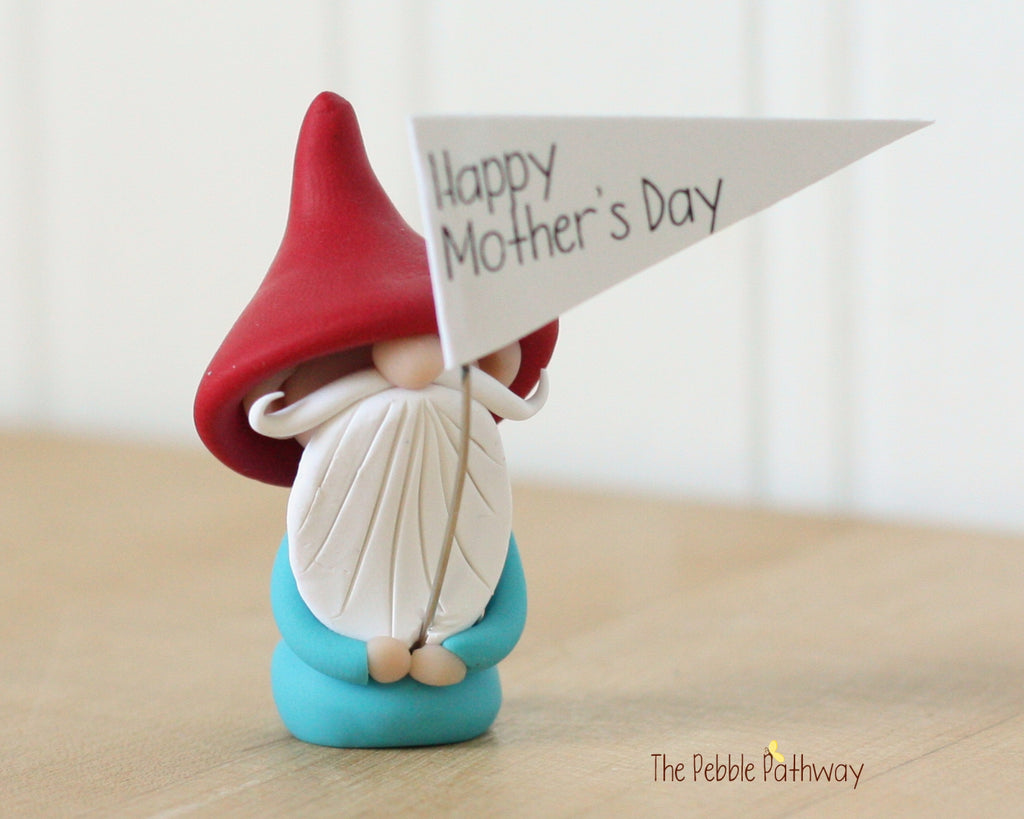 Happy Mother's Day Greeting Gnome 0431 - ThePebblePathway