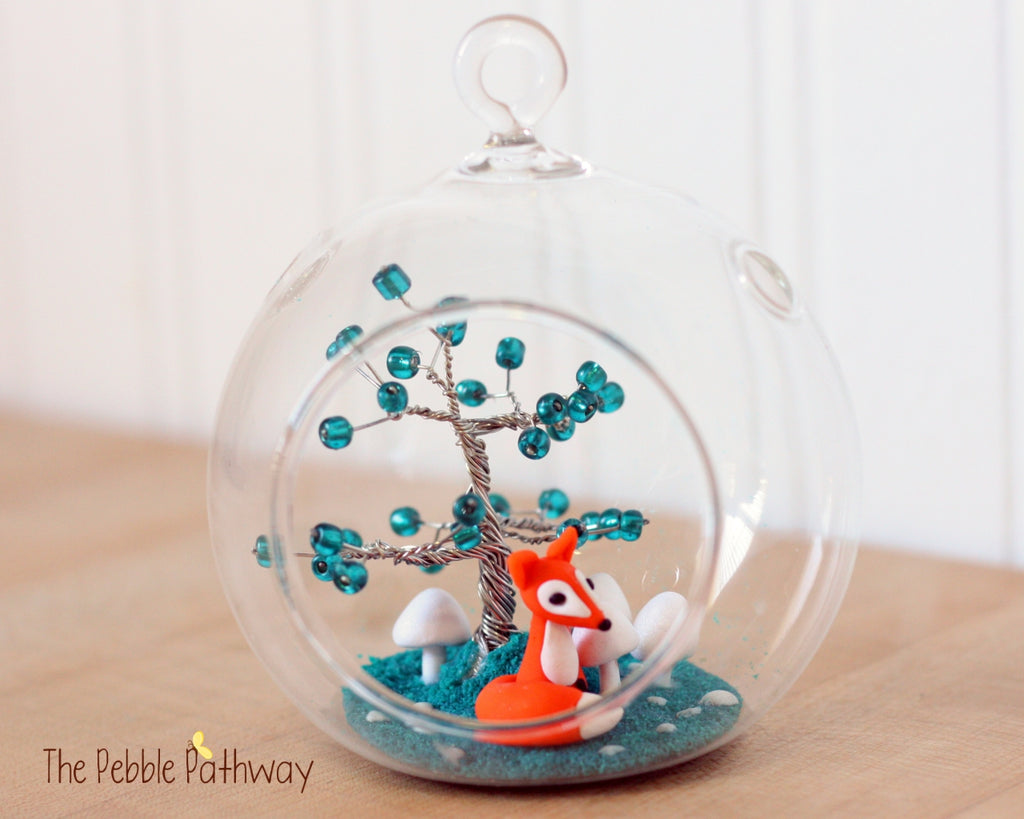 Fox Terrarium with Turquoise Blue Wire tree and white mushrooms - ThePebblePathway