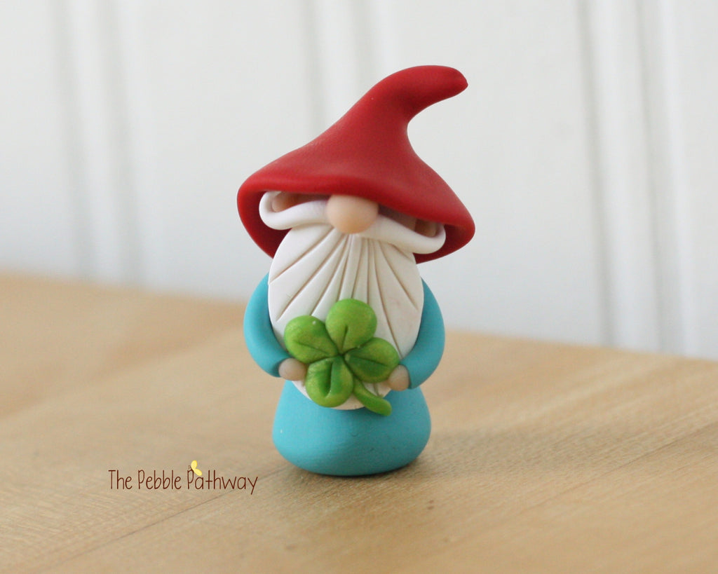 Lucky Gnome holding 4 leaf clover - Saint Patricks Day - 0358 - ThePebblePathway