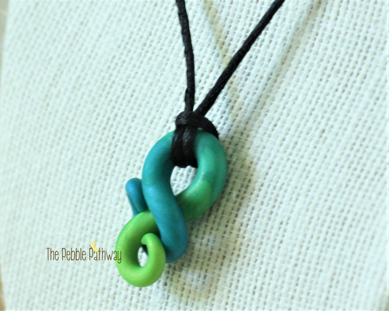 Blue and Green Tentacle Necklace 001 - ThePebblePathway