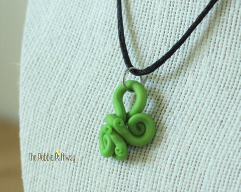Green Tentacle Necklace 002 - ThePebblePathway