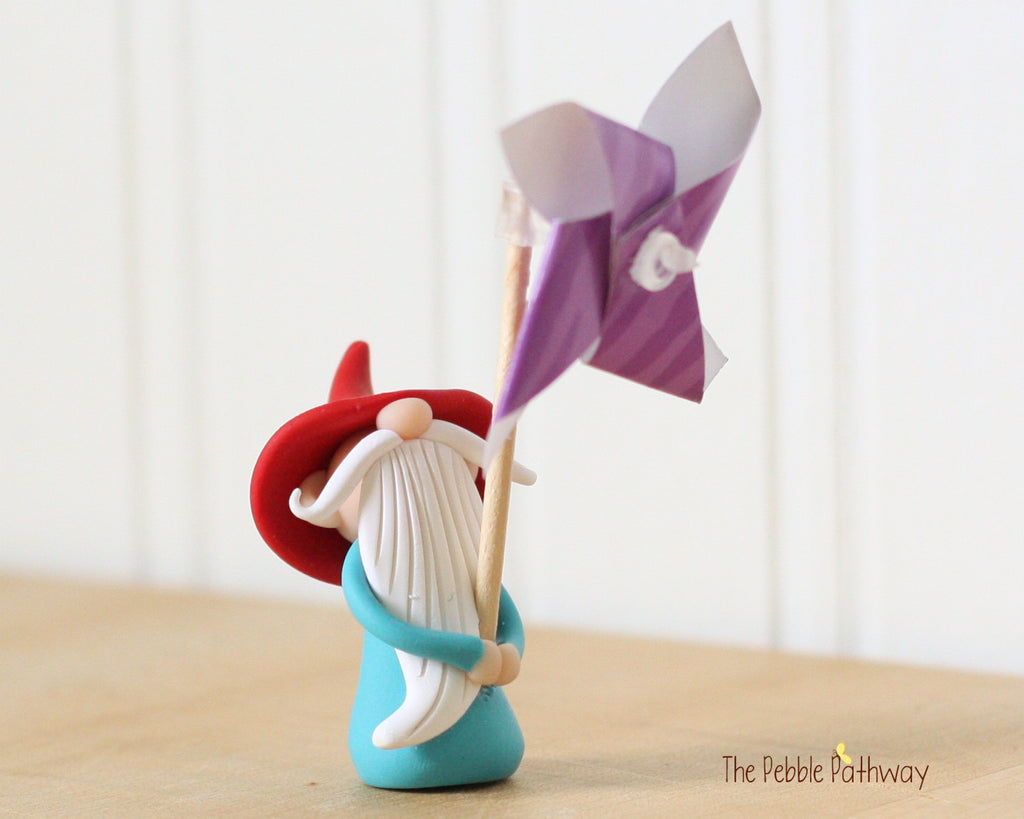 June Gnome of the Month - Purple Pinwheel gnome 0484 - ThePebblePathway