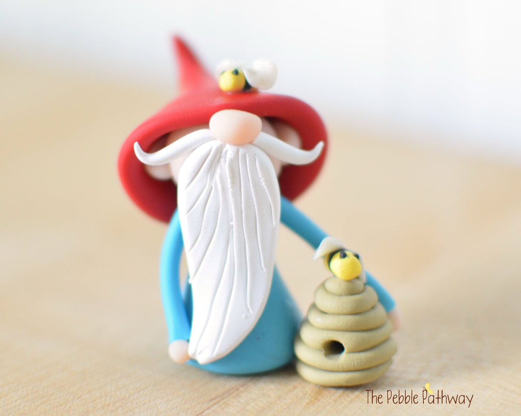 Bee Keeper Gnome - apiarist gnome - apiary ornament - Gnome with Bee Hive 0526 - ThePebblePathway