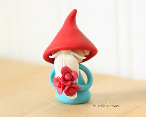 Gnome with bouquet of pink Flowers - miniature garden gnome figure 0533