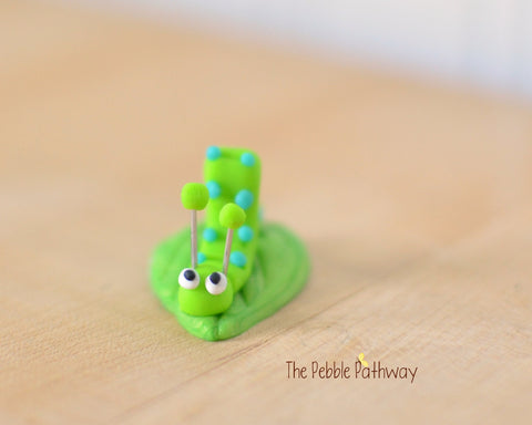 Tiny inch worm  - Woodland Animals - Terrarium Accessory - fairy garden decoration  Cupcake Topper 0523 - ThePebblePathway