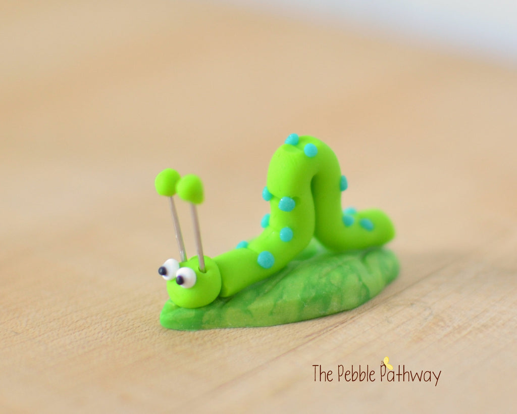 Tiny inch worm  - Woodland Animals - Terrarium Accessory - fairy garden decoration  Cupcake Topper 0524 - ThePebblePathway