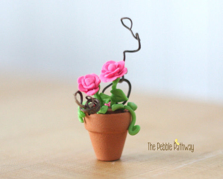 fairy-garden-decorations-miniature-pink-roses-in-flower-pot-terrarium-accessories
