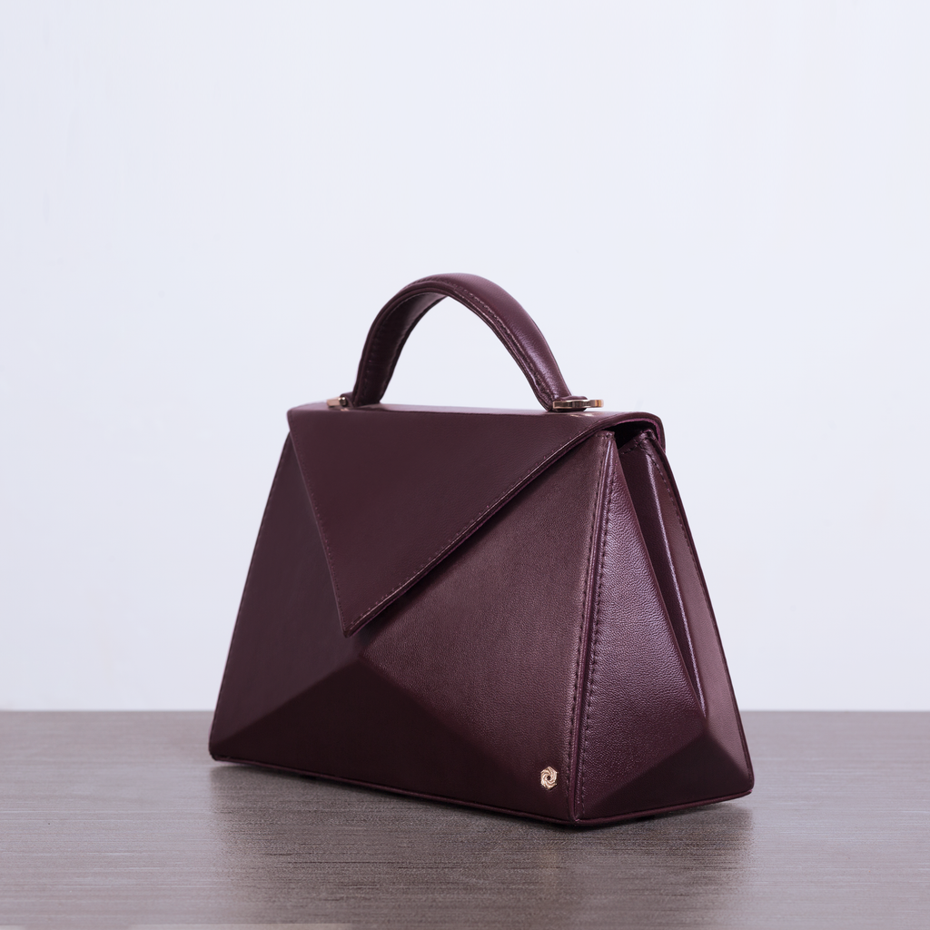 Hexella Flap Oxblood
