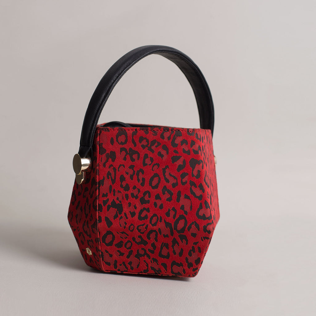 Hexella Bucket Red Leopard