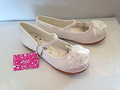GIRLS KIDS WHITE SATIN BRIDESMAID FLOWER GIRL WEDDING PARTY SHOES PUMPS UK 4-12