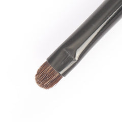 Detail Small Oval Brush | Kinetics Cosmetics