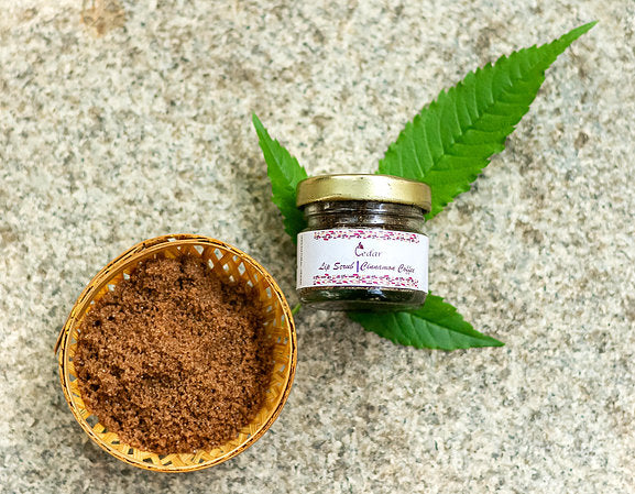 Cinnamon coffee lips scrub