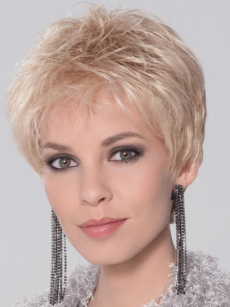 COCO by ELLEN WILLE in LIGHT-HONEY-MIX | Medium Honey Blonde, Platinum Blonde, and Light Golden Blonde blend