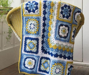 Free Granny Square Pattern: The Portuguese Tile Blanket