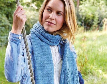 Ladies Cable Knit Scarf - Pattern of the Week