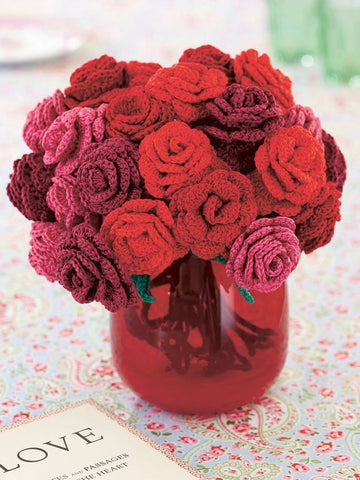 Rose bouquet crocheted