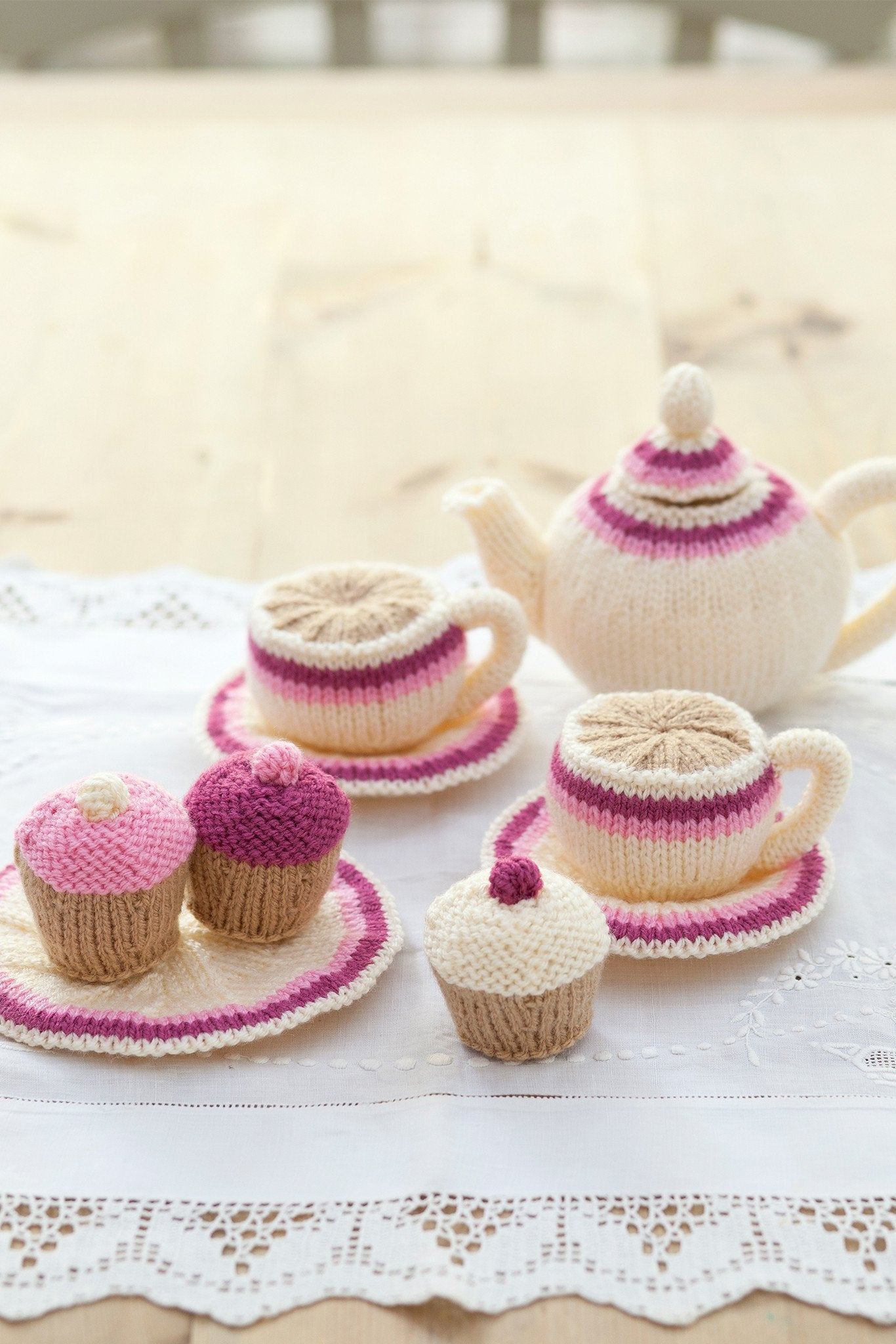 Afternoon tea set knitting patterns the knitting network afternoon tea set knitting patterns bankloansurffo Image collections