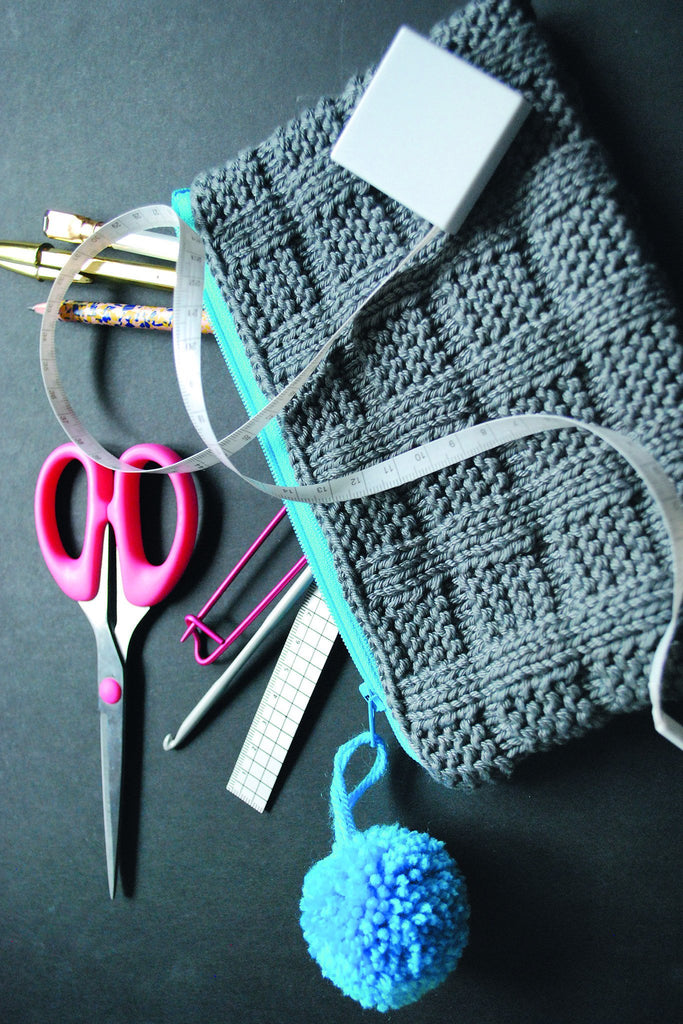 Case With Zip Knitting Pattern - The Knitting Network