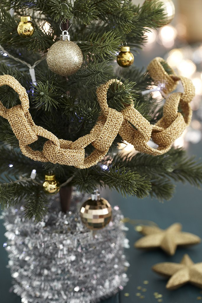 Christmas Chain Decoration Knitting Pattern The Knitting Network