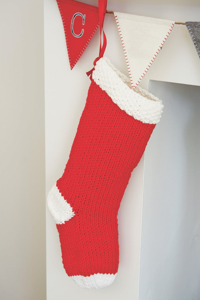 Christmas Stocking Set Knitting Pattern - The Knitting Network
