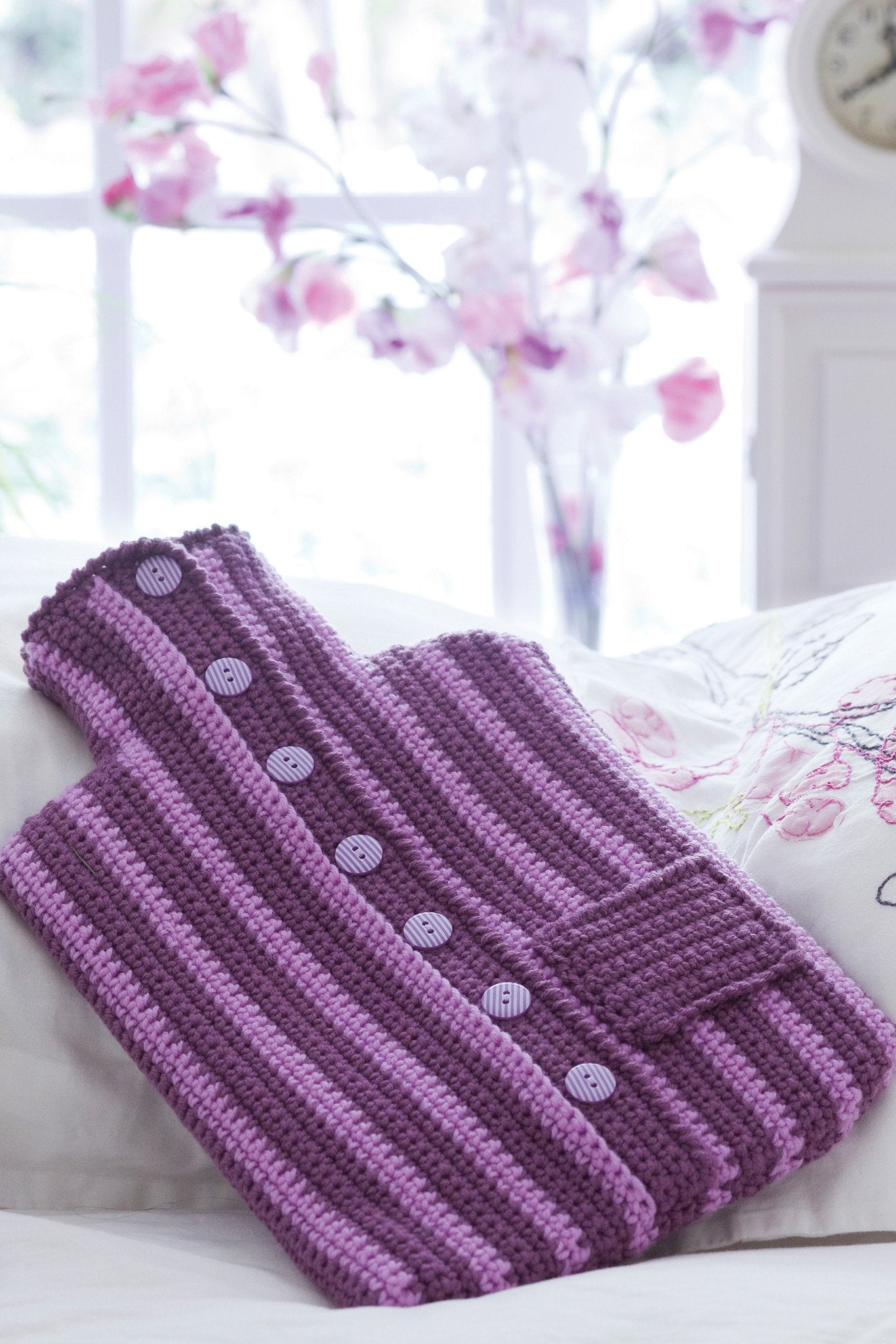 Free Knitting Pattern For Small Hot Water Bottle Cover : Hot Water Bottle Cover Crochet Pattern   The Knitting Network