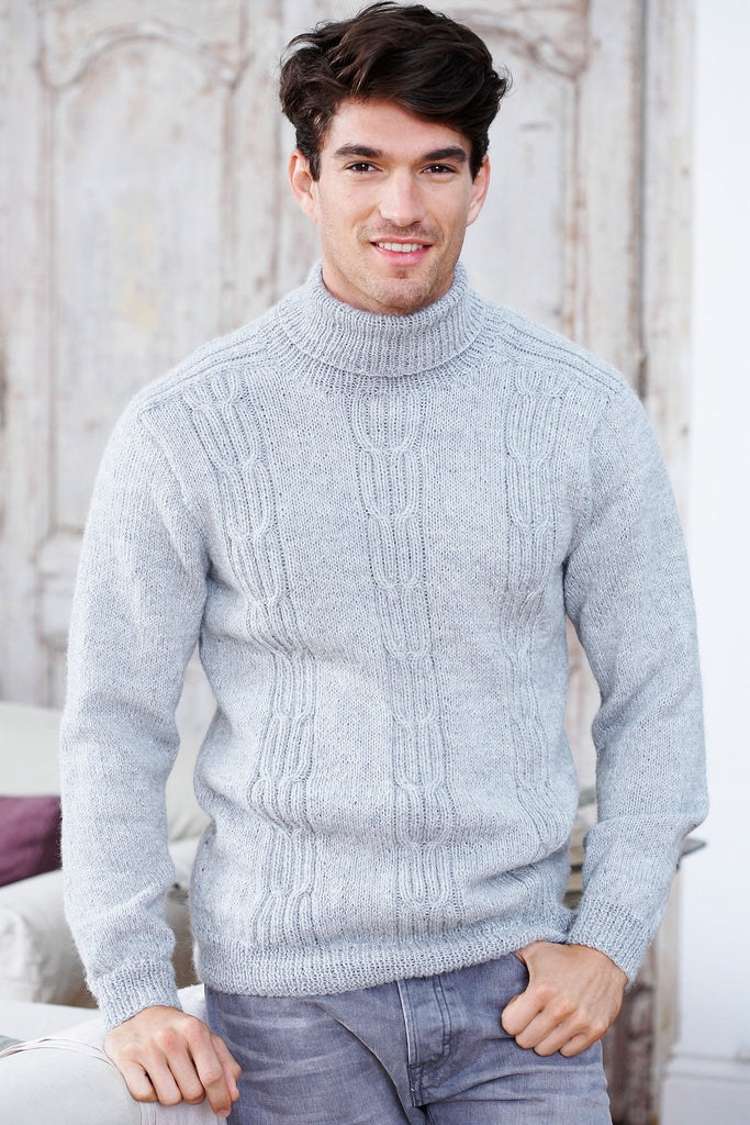 Retro knitted men's jumper with three vertical cable panels
