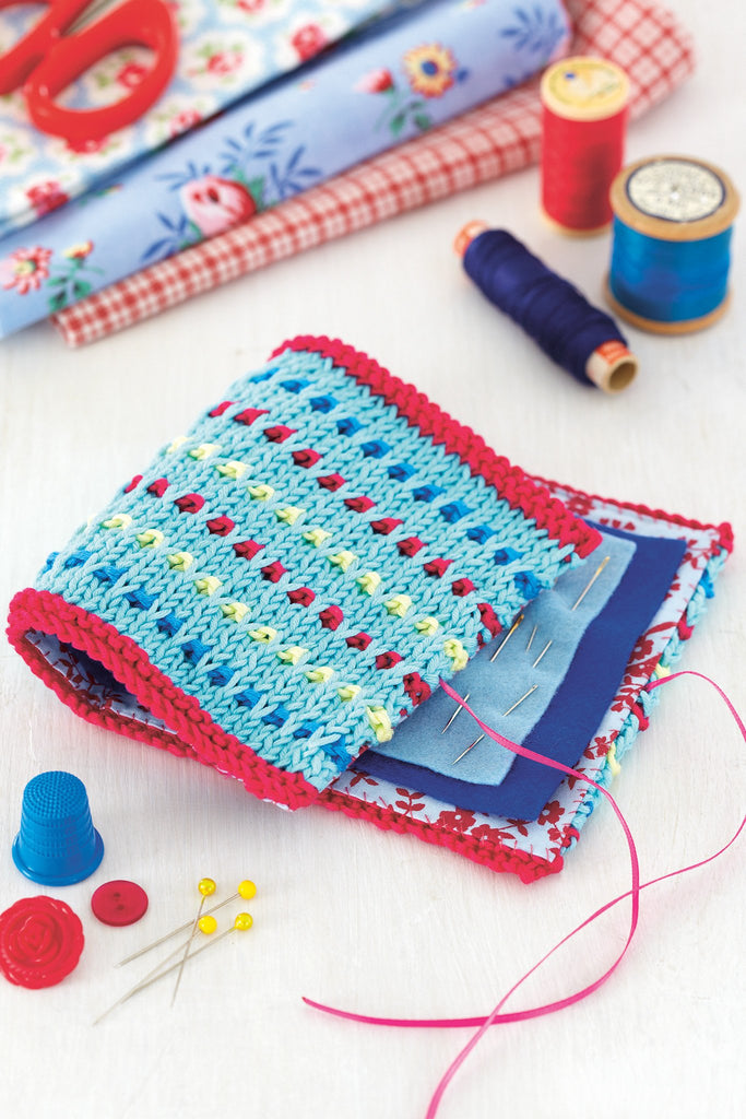 Colourful knitted needle case
