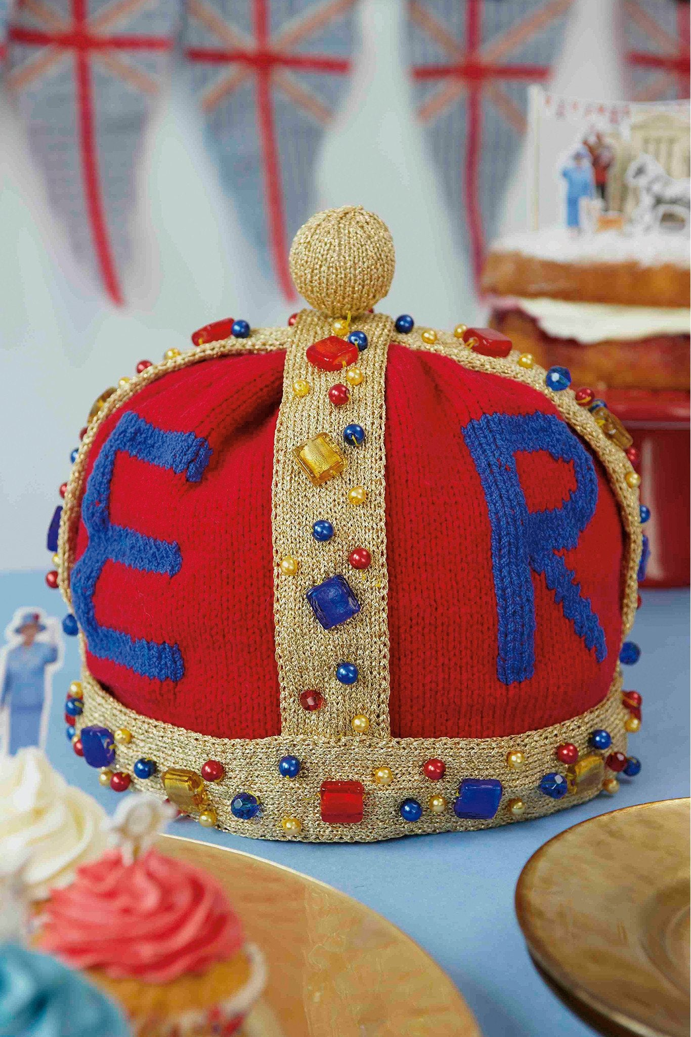 Royal Crown Tea Cosy Knitting Pattern – The Knitting Network