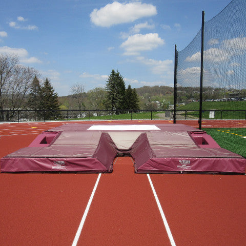 "National Pole Vault Landing System; 21'-6"" x 24' x 32"""