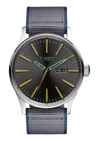 Nixon Men's A1052068 Sentry Leather Analog Display Analog Quartz Watch