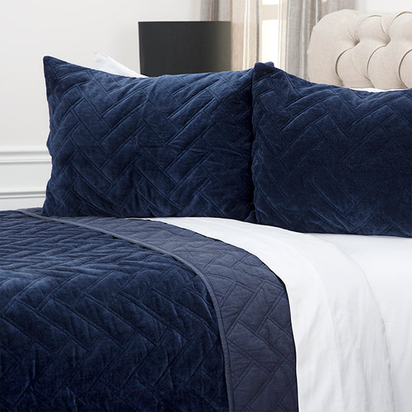 Riveria Indigo Quilt