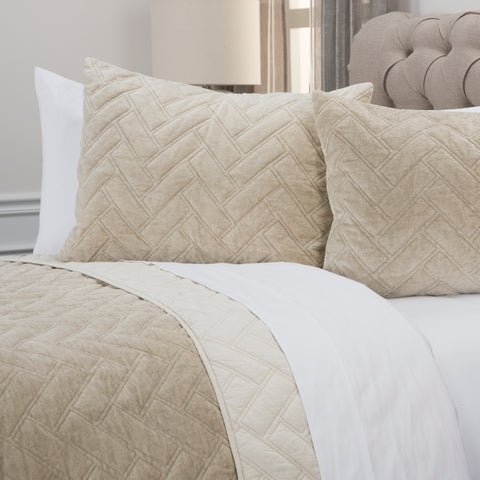 Riviera Natural King Quilt